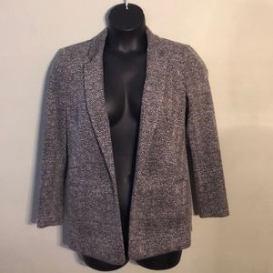 Vince Camuto black and white open front blazer.